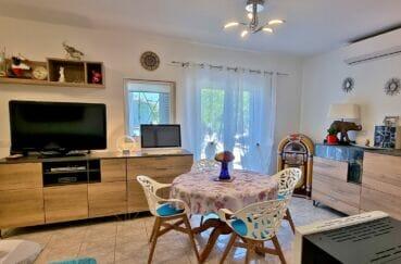 achat maison rosas espagne, 3 pièces 92 m², salon avec accès direct terrasse