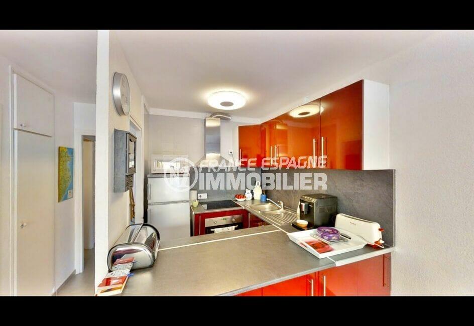 vente appartement empuriabrava, 53 m² avec 2 chambres, cuisine équipée, four, plaques de cuisson