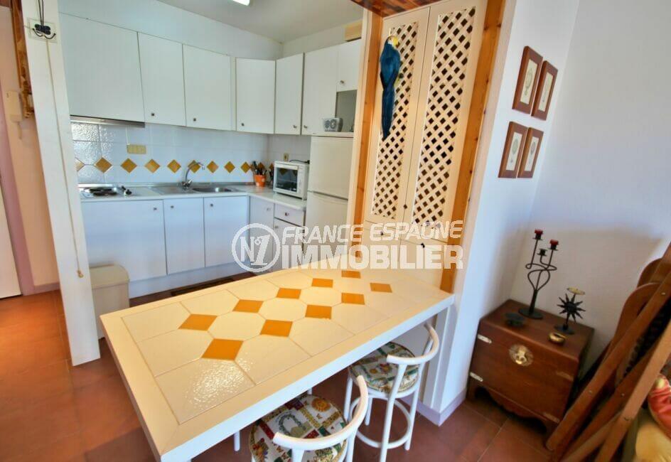 agence immo roses espagne: appartement 2 pièces 48 m², cuisine ouverte aménagée