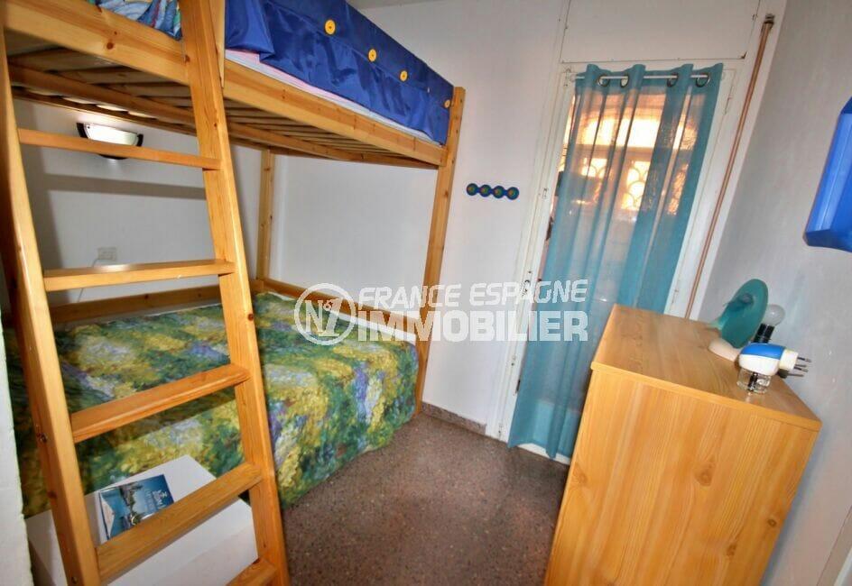 achat appartement costa brava,  2 pièces 41 m², chambre à coucher avec 2 lits superposés