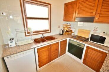 appartement a vendre costa brava, 3 pièces 68 m², cuisine américaine aménagée et équipée