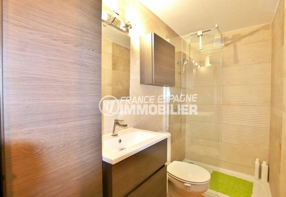 achat appartement rosas, 2 pièces 40 m², salle d'eau avec douche et wc