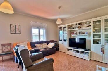 acheter a rosas: villa 4 pièces 282 m², salon lumineux donnant sur la terrasse