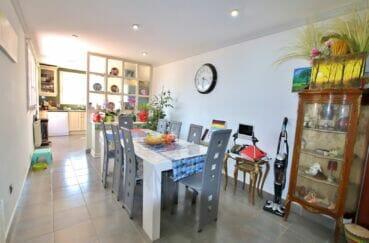 vente immobilier rosas espagne: villa 109 m², salle à manger avec cuisine ouverte