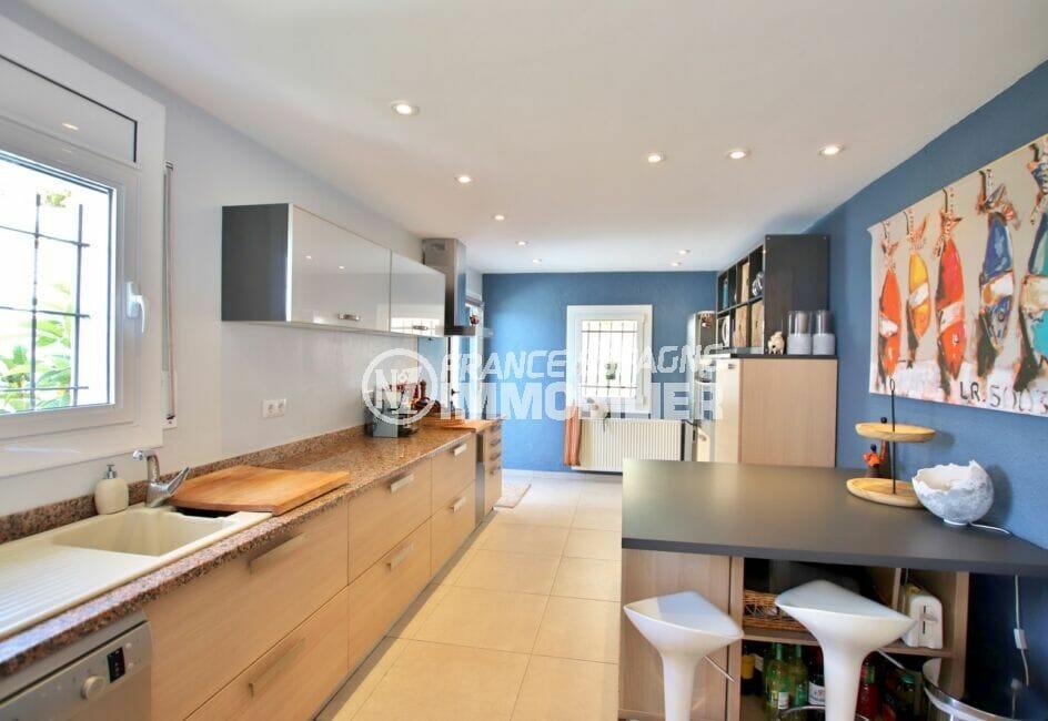 achat maison rosas, 300 m², cuisine indépendante aménagée et équipée