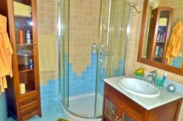 achat maison espagne costa brava, 213 m² avec 4 chambres, salle d'eau avec douche