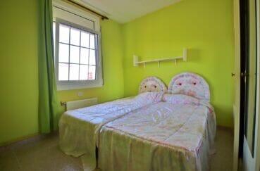 achat maison espagne costa brava, 105 m² avec terrasse, chambre à coucher avec lit double