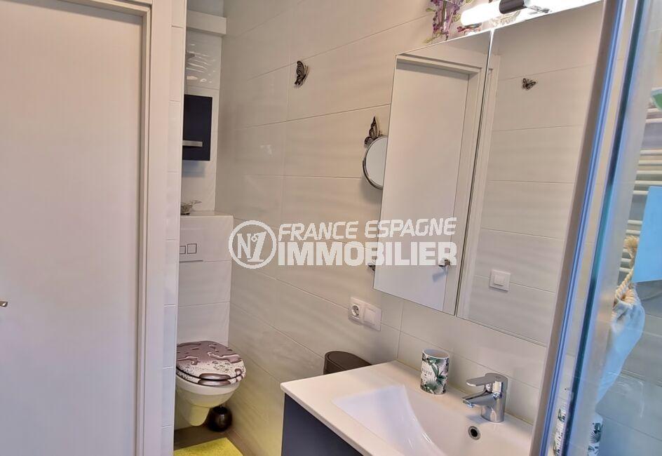 vente immobiliere costa brava: villa 3 pièces 92 m², salled'eau avec douche et wc, rangements