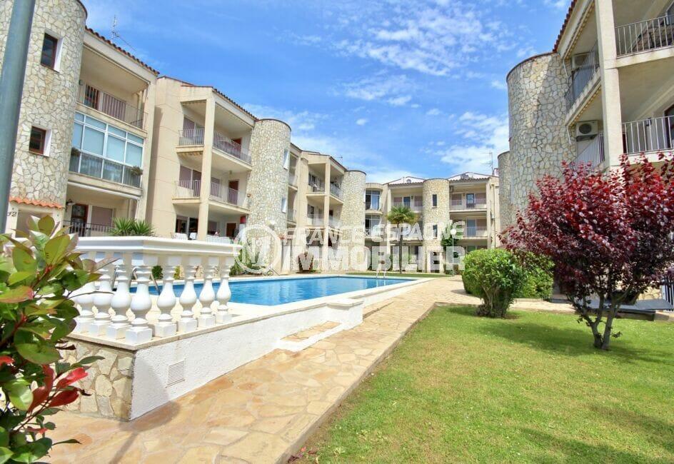 vente immobiliere costa brava: appartement 3 pièces 68 m², terrasse avec vue piscine