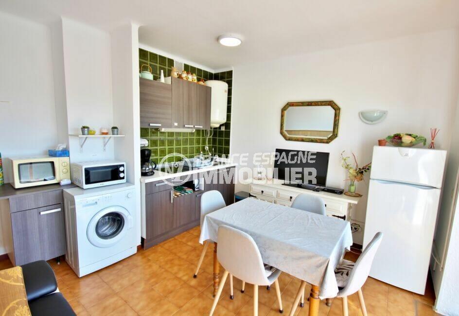 immocenter empuriabrava: appartement de 38 m², cuisine aménagée et équipée