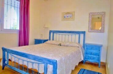 maison à vendre à empuriabrava, 213 m², 2° chambre à coucher, lustre au plafond