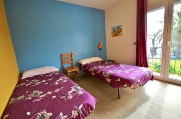 empuriabrava maison a vendre,  5 pièces 265 m², 3° chambre, 2 lits simples, balcon