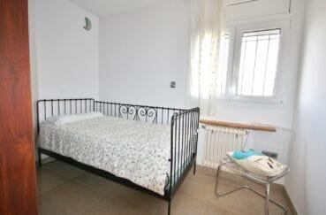 la costa brava: villa  5 pièces 265 m², 4° chambre à coucher, lit simple