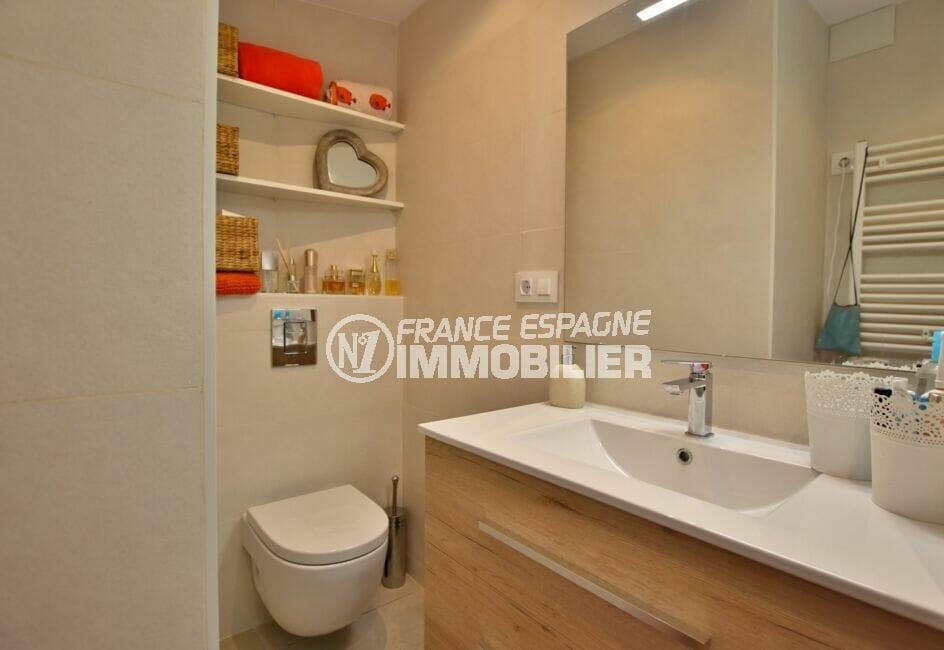 maison a vendre espagne bord de mer, 300 m², salle d'eau avec douche et wc