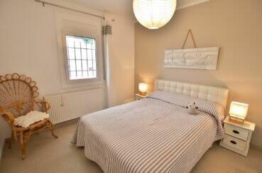 immobilier costa brava vue mer: villa 300 m², chambre à coucher, lit double