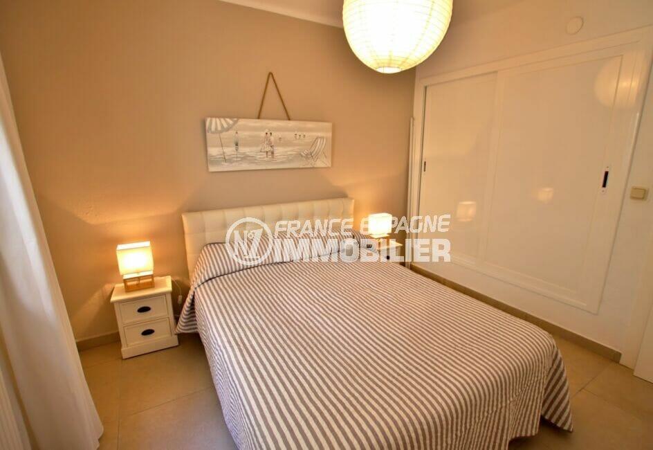 maison a vendre costa brava vue mer, 300 m², chambre à coucher avec armoire / penderie