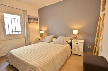 maison a vendre en espagne bord de mer costa brava, 300 m², chambre à coucher, lit double