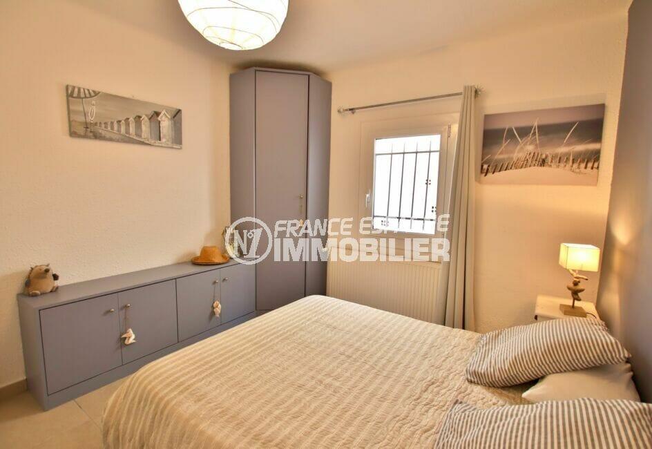 maison a vendre a rosas, 300 m², chambre, lit double, commande et armoire