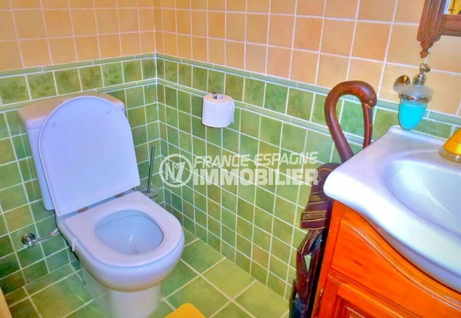vente immobilier costa brava: villa 213 m² avec 4 chambres, wc indépendant