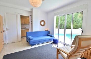 vente immobilière rosas: villa 300 m², séjour avec accès terrasse