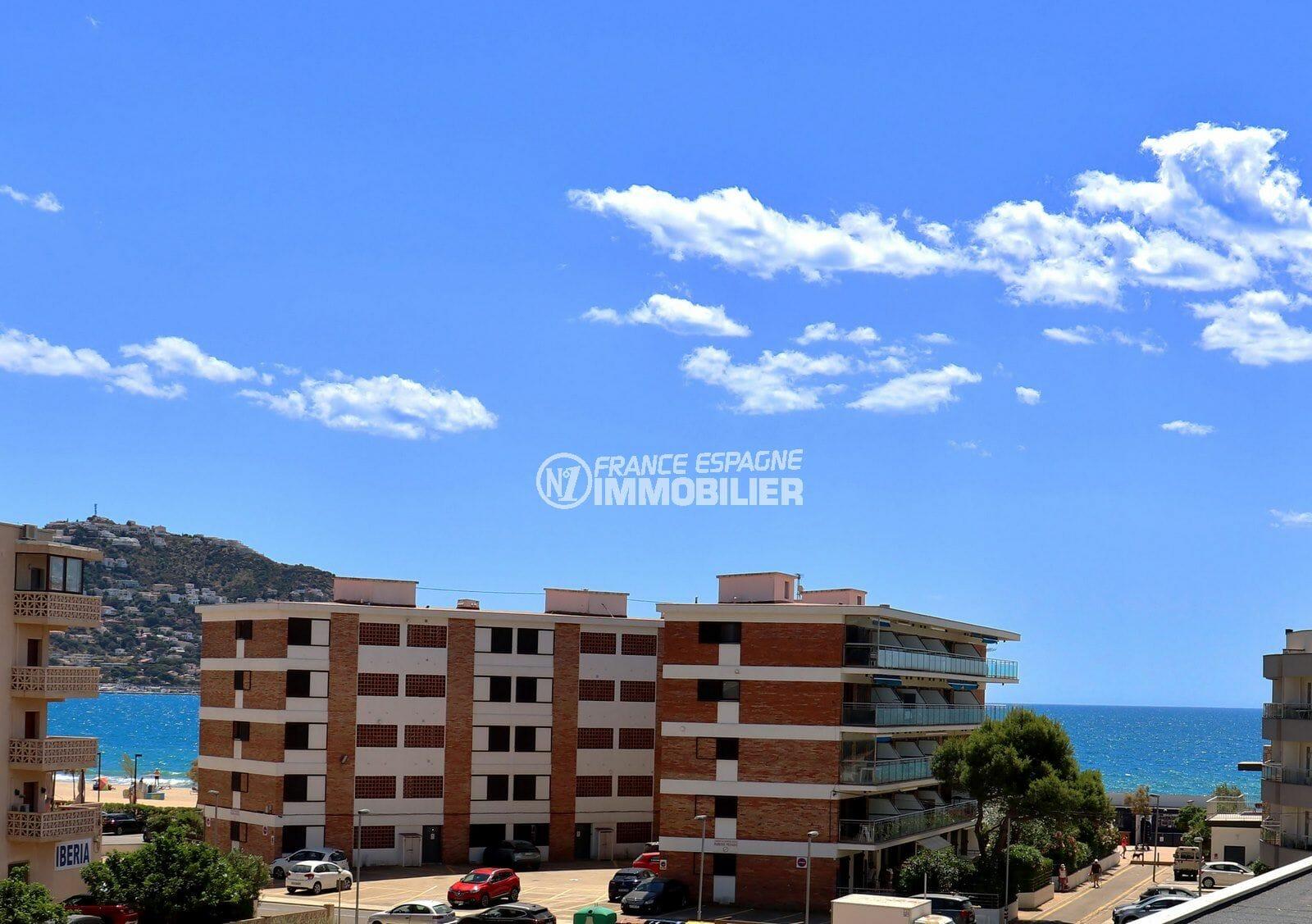 vente appartement rosas, 2 pièces 43 m², terrasse véranda vue mer, exposition sud, 200 m de la plage
