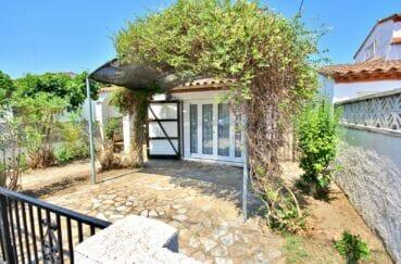 maison empuriabrava, 3 pièces 76 m² avec cour intérieure, terrain 148 m²