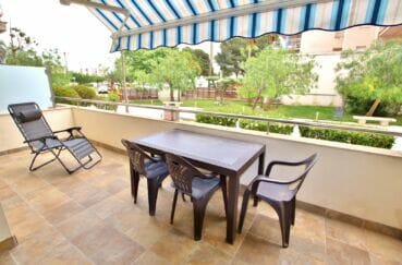 vente appartement rosas, 3 pièces 58 m² avec terrasse de 14 m². piscine et parking communautaire. proche plage