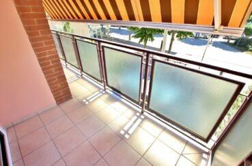 appartement à vendre rosas, 4 pièces 96 m², terrasse avec auvent, exposition sud
