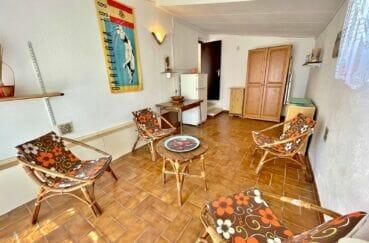 maison a vendre a empuriabrava,  3 pièces 76 m², salon avec carrelage au sol