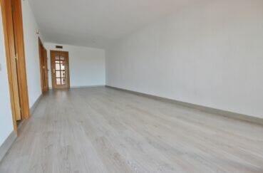 achat appartement rosas, 5 pièces 95 m²,  grand salon/salle à manger avec accès à la terrasse