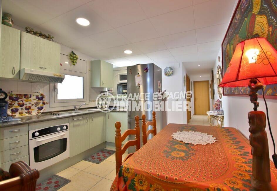 achat maison empuriabrava, 3 pièces 66 m², cuisine ouverte aménagée et équipée