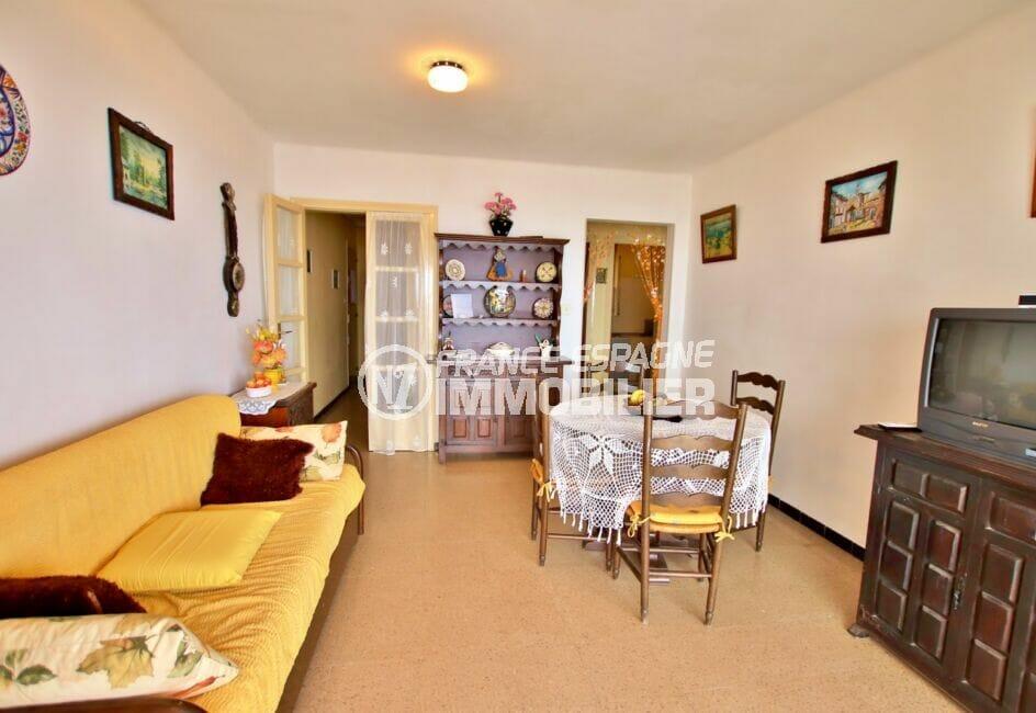 appartement a vendre costa brava, 3 pièces 62 m², salon/salle à manger, plafonnier