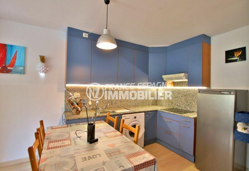 appartement à vendre à rosas espagne, 3 pièces 58 m², cuisine équipée, branchement lave-linge