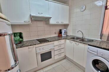 appartement a vendre a rosas, 3 pièces 60 m², cuisine indépendante aménagée et équipée