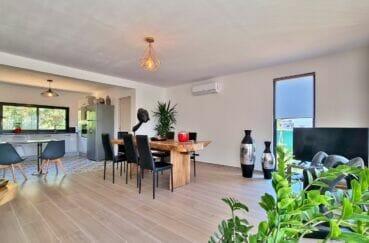 achat maison rosas, villa 4 pièces 131 m², cuisine ouverte sur la salle à manger