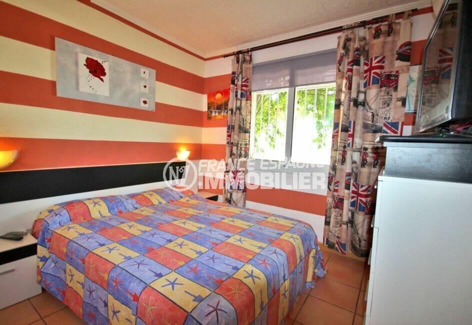 agence empuriabrava: appartement 3 pièces 65 m², chambre à coucher, lit double