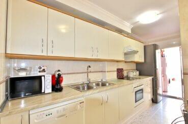 achat appartement rosas espagne,  4 pièces 96 m², cuisine équipée, four, hotte et plaques