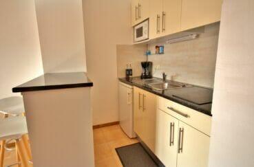 la costa brava: appartement 3 pièces 57 m², cuisine équipée, plaques de cuisson