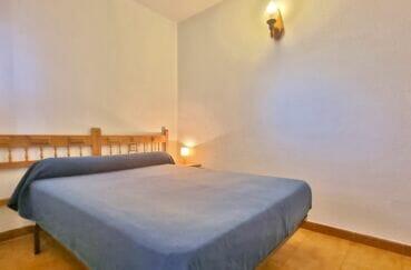appartement à vendre à rosas espagne, 2 pièces 43 m², chambre à coucher, applique murale