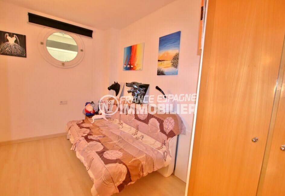 appartement à vendre rosas, 3 pièces 58 m², 2° chambre à coucher, penderie, fenêtre hublot
