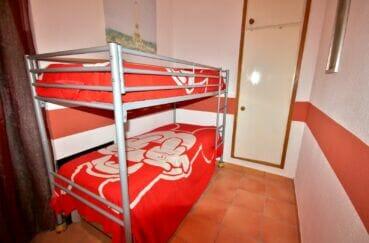 acheter un appartement a empuriabrava, 3 pièces 65 m², chambre à coucher, lits superposés