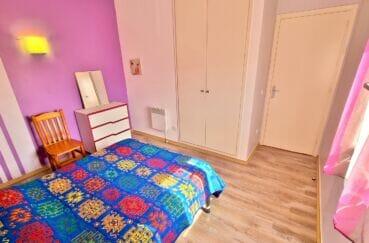 achat appartement rosas, 3 pièces 60 m², chambre à coucher avec armoire encastrée