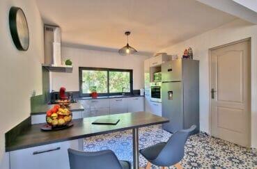 vente immobilier rosas espagne: villa 4 pièces 131 m², cuisine équipée, four, plaques, hotte