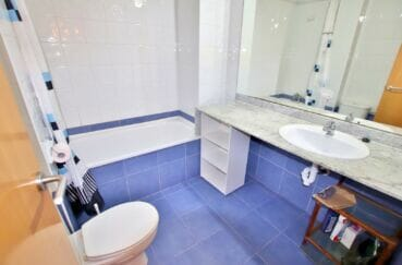 appartement à vendre à rosas, 3 pièces 58 m², salle de bain aevc baignoire et wc