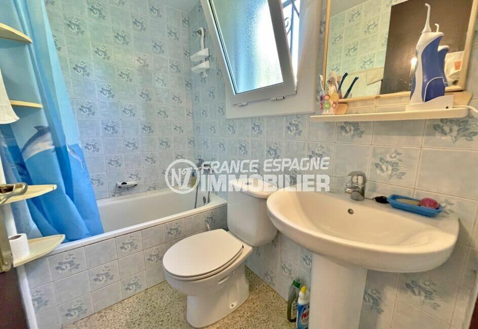 maison a vendre espagne,  3 pièces 76 m², salle de bain avec baignoire et wc