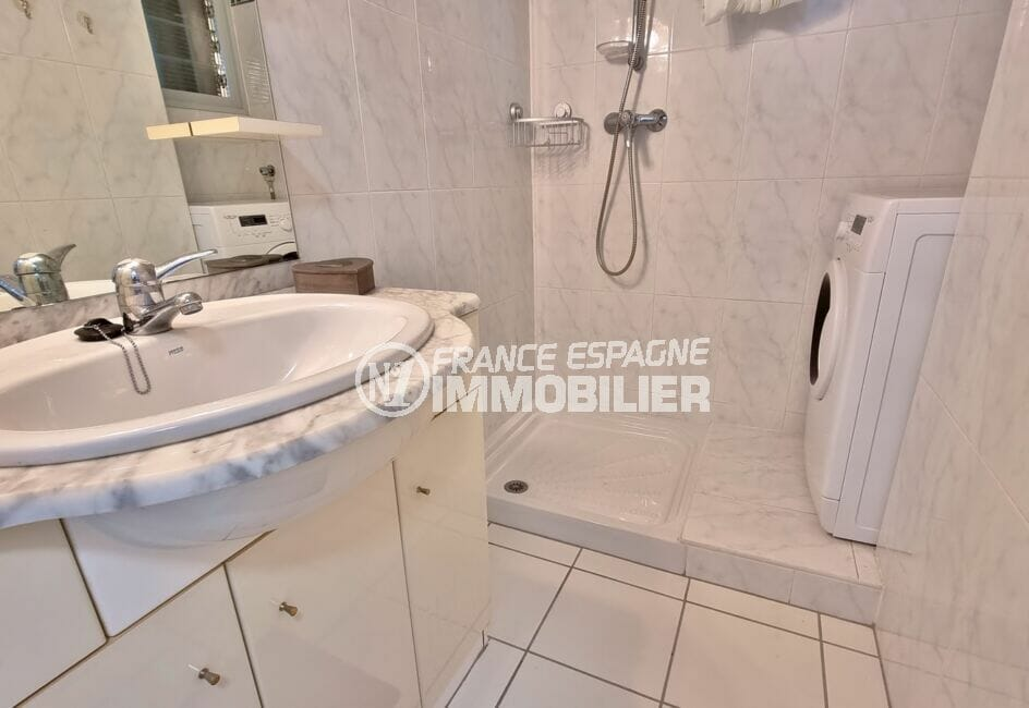 acheter appartement rosas, 2 pièces 46 m², salle d'eau avec douche, branchement lave-linge