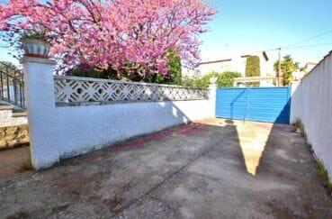 vente maison costa brava, 3 pièces 66 m², portail à l'entrée de la maison