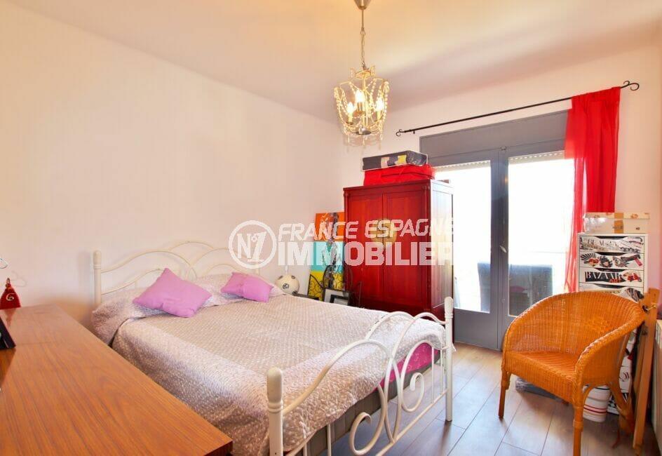 immobilier costa brava: villa 4 pièces 166 m², chambre à coucher, lit double