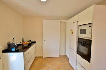 vente maison costa brava, 4 pièces 145 m², cuisine équipée, four, réfrigirateur
