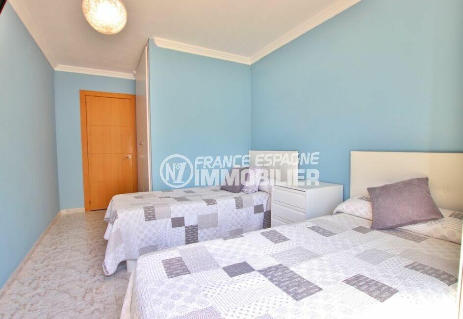 appartement a vendre rosas, 4 pièces 96 m², chambre à coucher, 2 lits simples